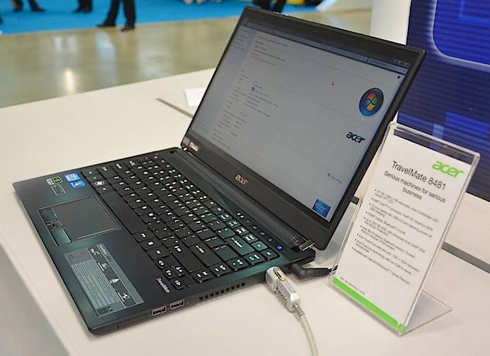 Notebook Acer cu display LG Shuriken si autonomie de… 13 ore