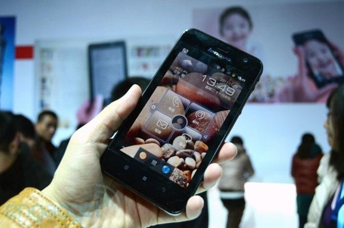 Lenovo lanseaza un concurent pentru Samsung Note si doua tablete