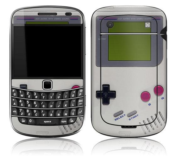 BlackBerry primeste un skin de Game Boy