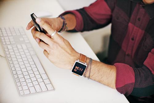 HEX iti transforma iPod-ul intr-un ceas elegant