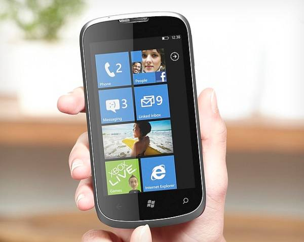 ZTE Orbit – Primul smartphone cu Windows Phone Tango