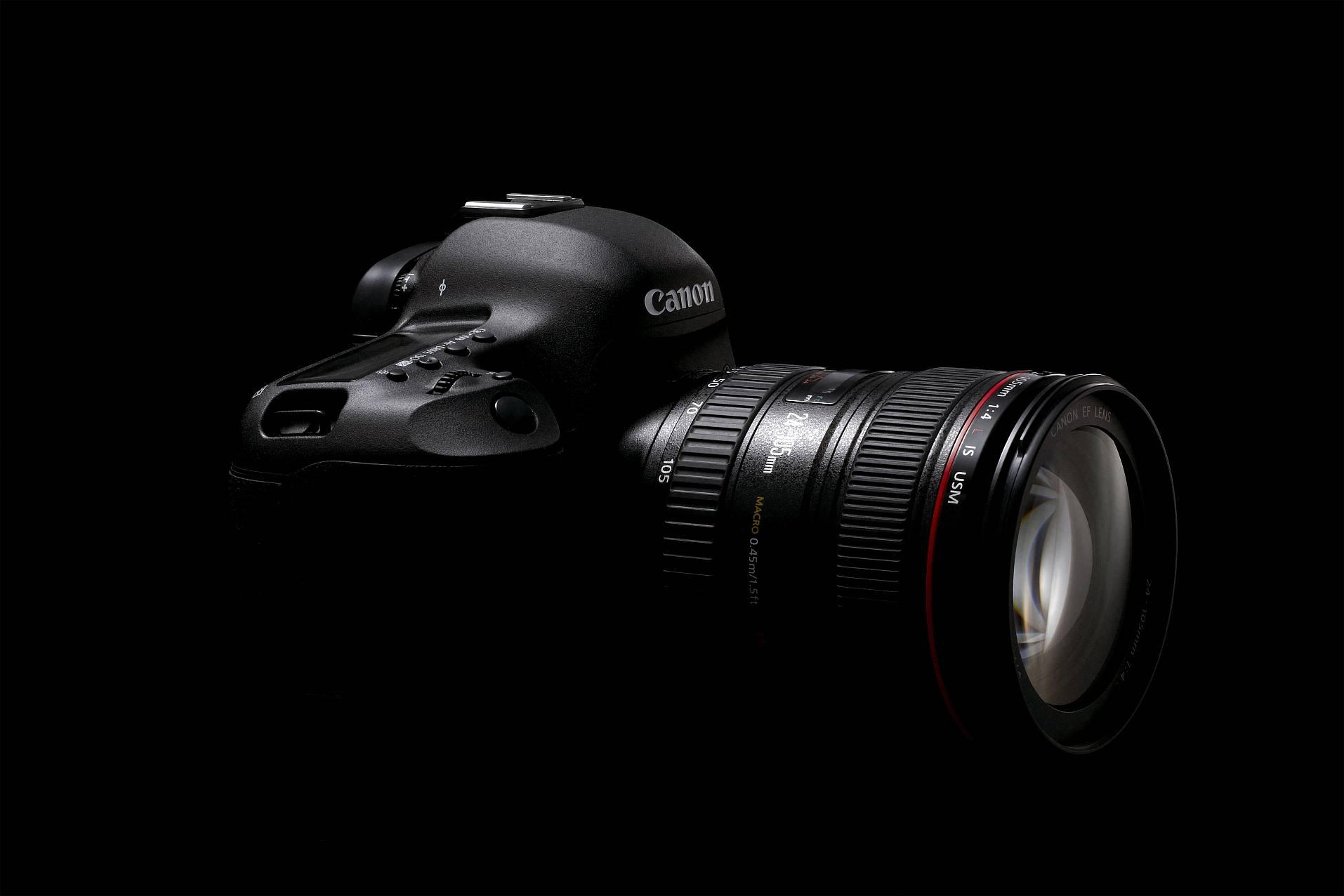 Canon EOS 5D Mark III: S-a anuntat un nou full-frame pentru cunoscatori
