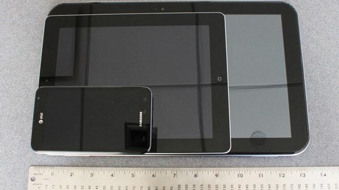 Toshiba duce conceptul de tableta la un nou nivel (cam mare) cu Excite 13