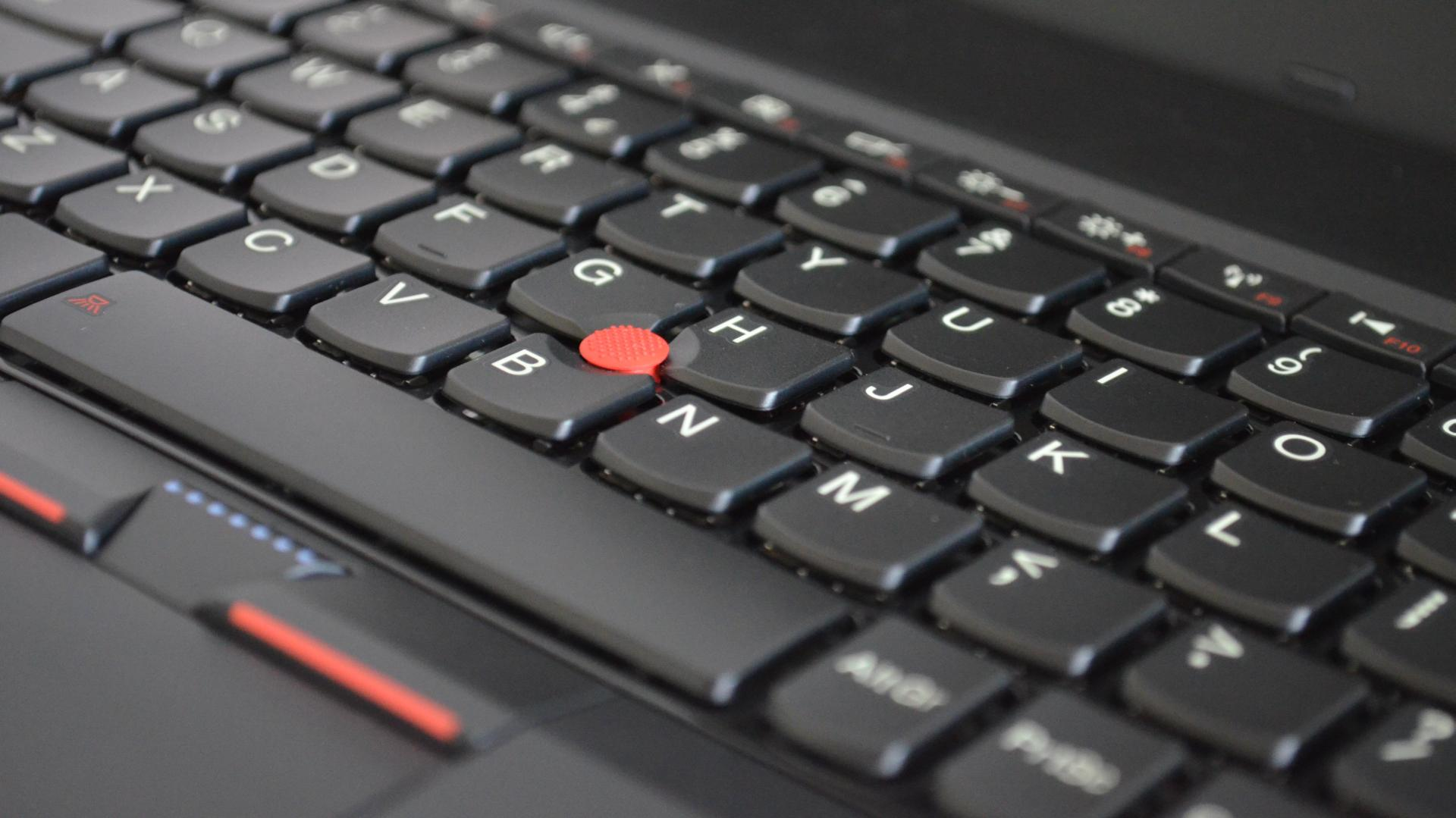 Lenovo Thinkpad Edge E120 – Portabilitate accesibila [REVIEW]
