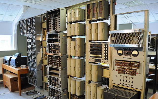 Cel mai vechi computer digital din lume, Witch, a fost repornit