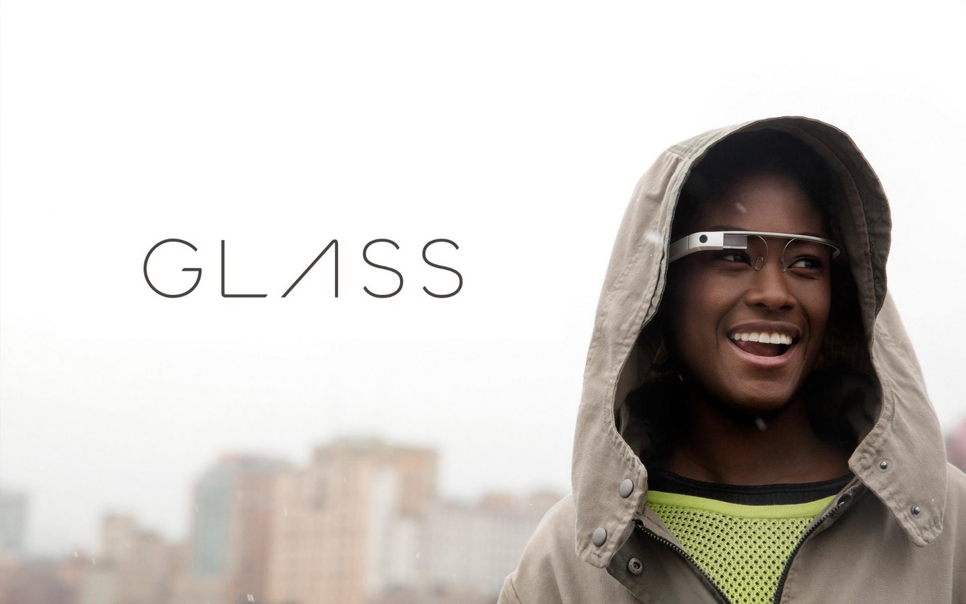 Google organizeaza un hackaton pentru dezvoltatorii Google Glass