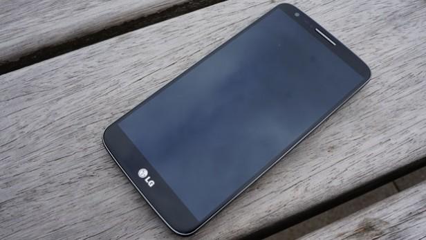Cel mai bun telefon LG din 2013 primește Android 5.0 Lollipop