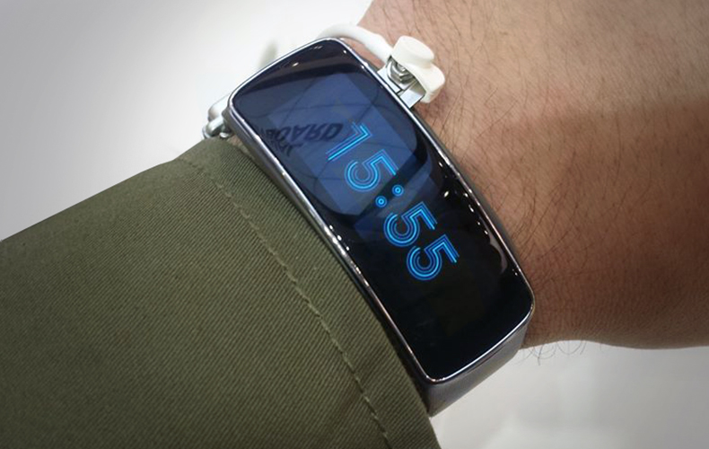 Samsung Gear Fit: Video Hands-on de la MWC 2014