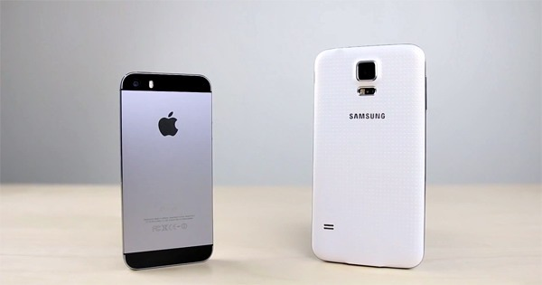 Studiu: Utilizatorii de iPhone migrează masiv la Galaxy S5