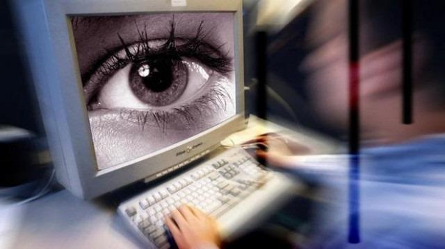 Spionii britanici sunt autorizati pentru acces la Facebook şi Google