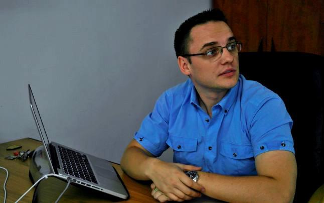 De vorbă cu românul care și-a vândut afacerea către Facebook cu jumătate de miliard de dolari