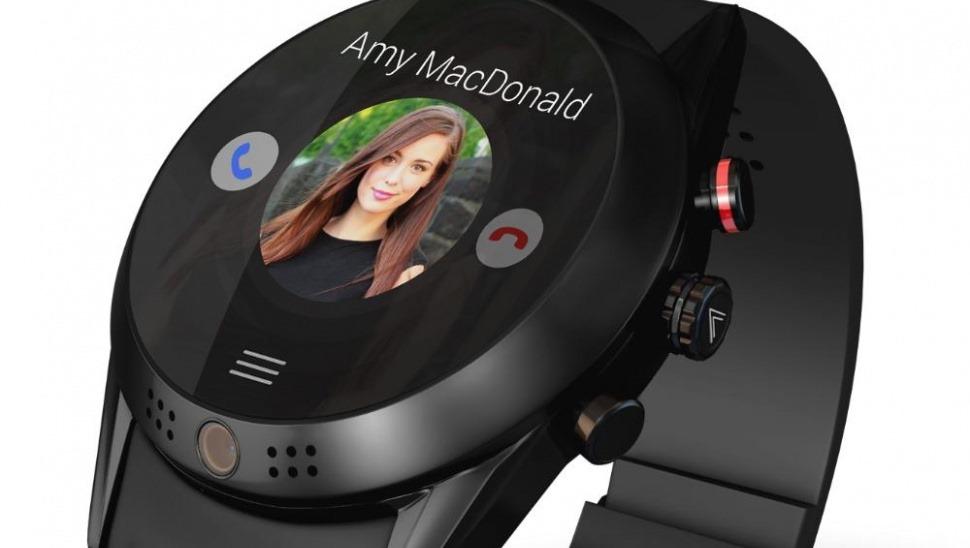 Arrow, un smartwatch cu Android Wear şi cameră rotativă