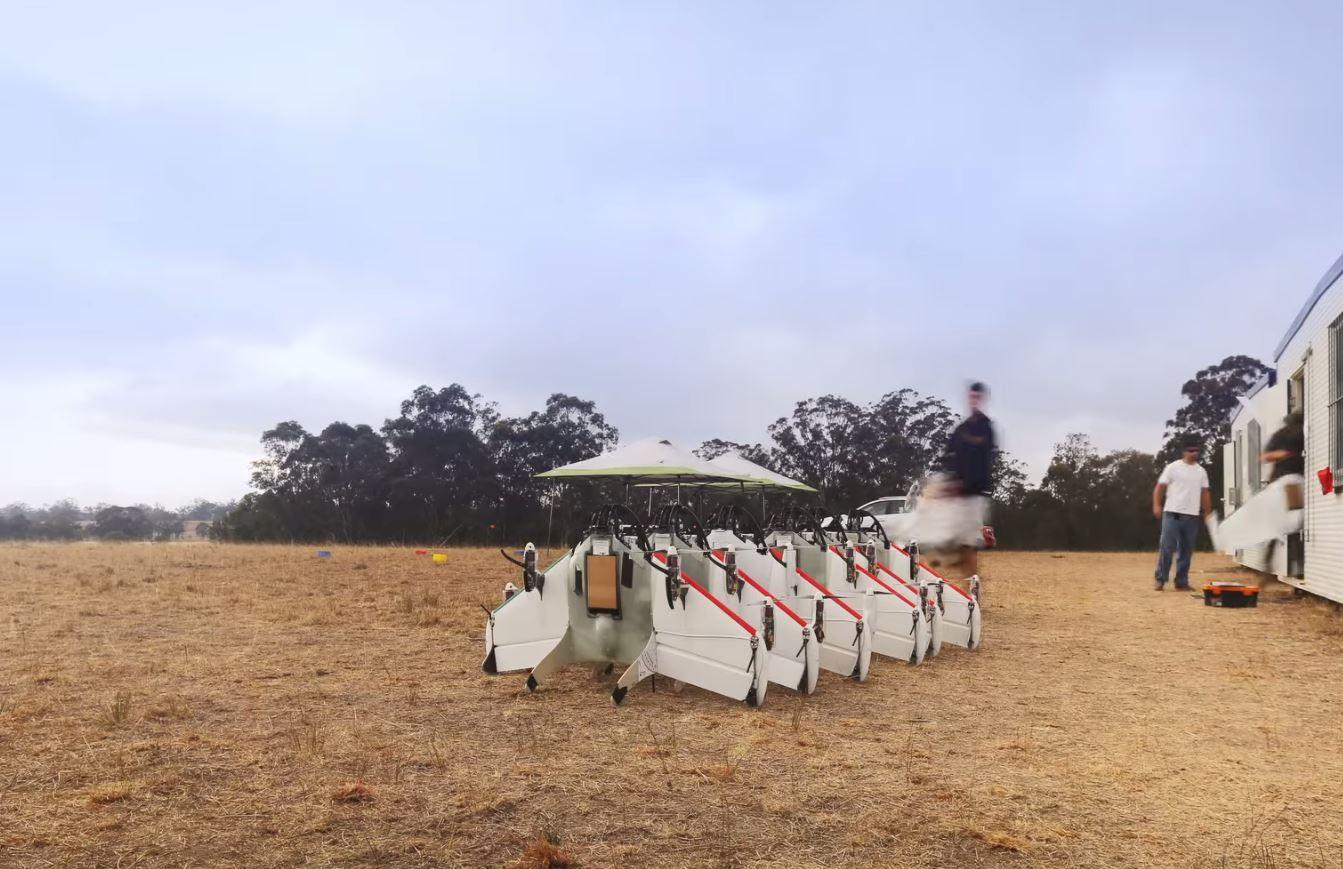 Planeta Google – drone pe cer, internet în balon și roboți uriași