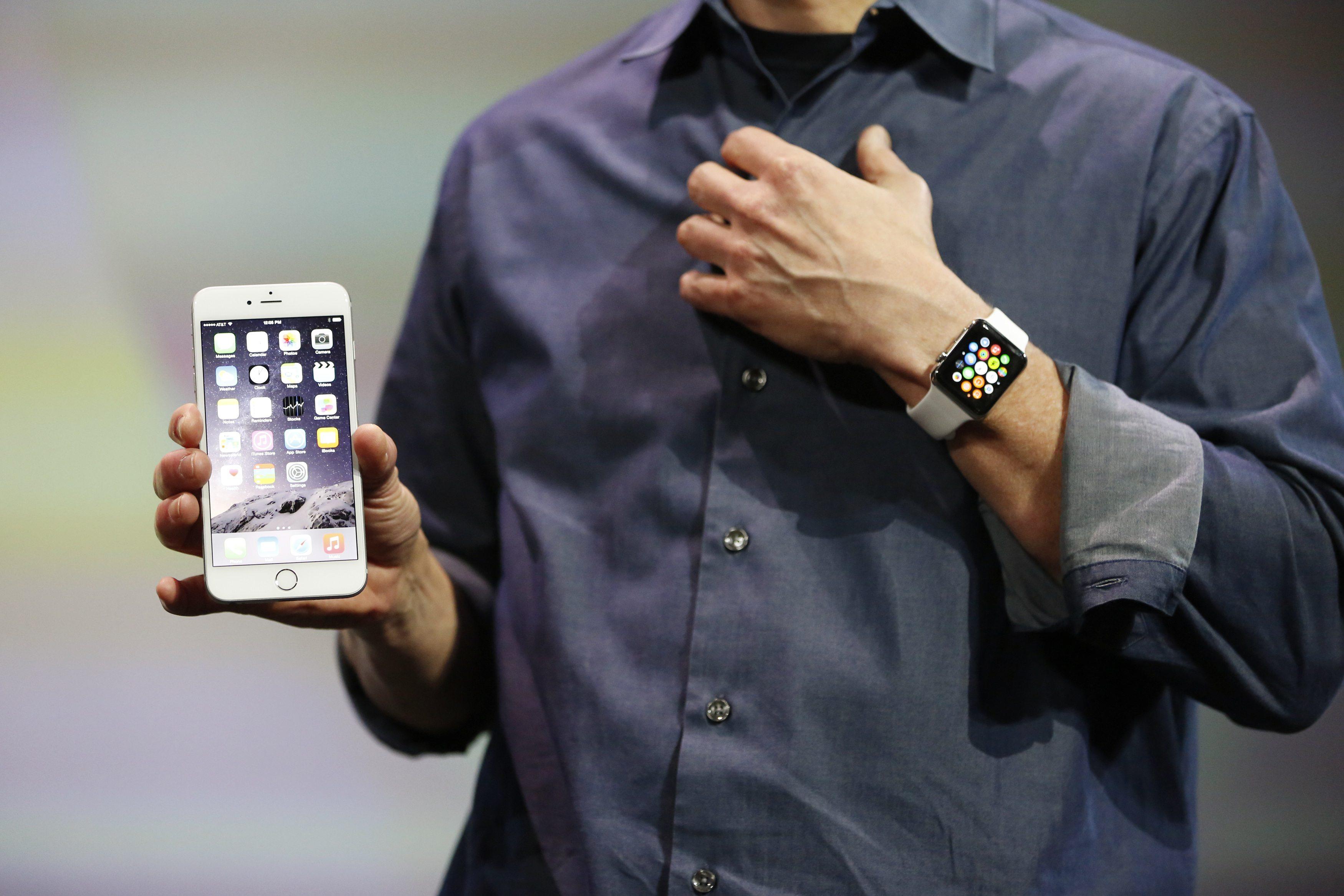 Un operator oferă servicii de mărire a buzunarelor pentru iPhone 6 Plus
