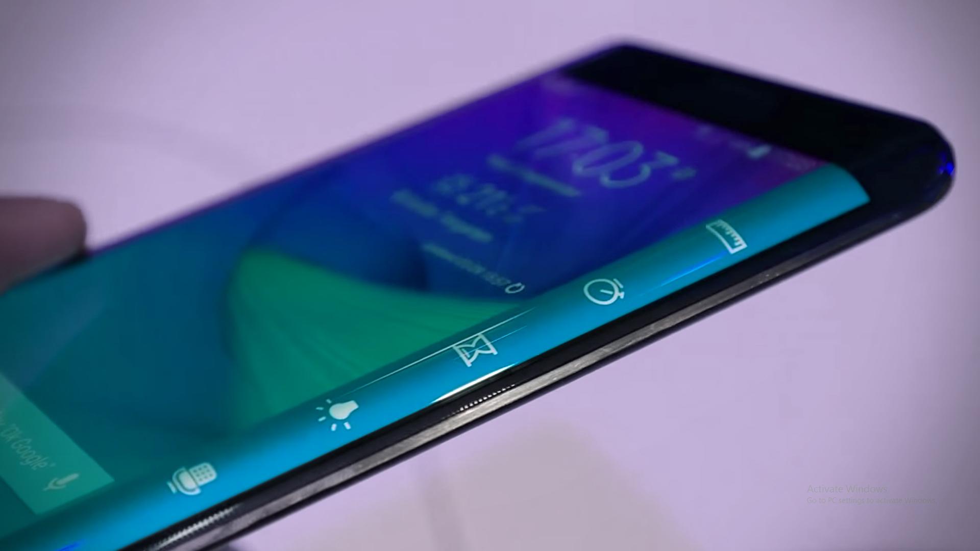 Cum explică Samsung designul și utilitatea Galaxy Note Edge [Interviu – IFA 2014]