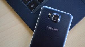 Samsung va lansa mai puține telefoane în 2015