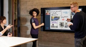 Microsoft Surface Hub este un all-in-on supradimensionat de peste 2 metri [VIDEO]