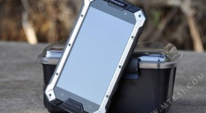Conquest S6 este un nou smartphone bun de dat de pământ