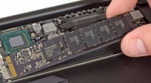Noul MacBook Air are un SSD de două ori mai rapid decât modelul din 2014