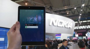 MWC 2015 – Nokia N1 e ca un iPhone 6 imens, dar are Android modificat [HANDS ON]