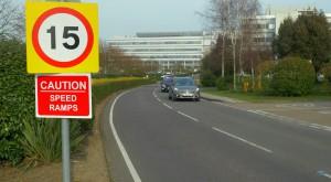 Noul Ford S Max recunoaște automat semnele de circulație și ajustează viteza