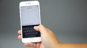 Apple are o soluţie pentru problema mesajului care afectează iPhone