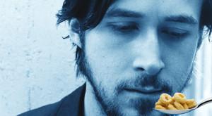"""""""Mofturosul"""" Ryan Gosling își mănâncă cerealele și încheie unul dintre cele mai populare virale"""