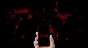Încă o victimă a selfie-urilor: o rusoaică de 21 de ani, în stare gravă la spital