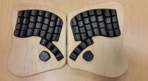 Keyboardio este cea mai scumpă, ergonomică şi ciudată tastatură [VIDEO]