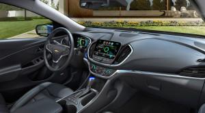 Chevrolet rezolvă cea mai mare problemă a telefoanelor folosite în mașină