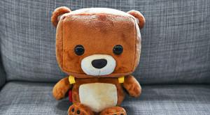 Acest ursuleț de pluș high-tech va fi cel mai bun prieten al copilului tău