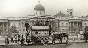 Strămoșul autobuzului de astăzi are o istorie pe care puțini o știu