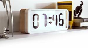Ceasul în care timpul devine lichid