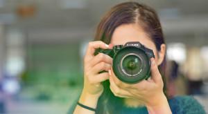 Panasonic Lumix FZ300: fă poze ca un spion pe bani puțini și la rezoluție 4K [REVIEW]