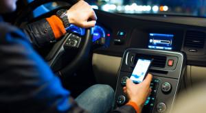 Telefoanele învață să gândească precum mașinile autonome