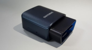 Samsung îți aduce un hotspot WiFi în mașină cu un dongle deștept