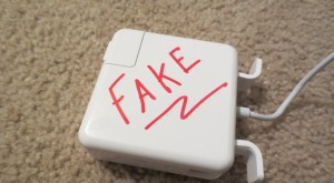 Pericolele la care te expui dacă nu folosești un încărcător original pentru Mac