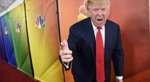 Donald Trump va fi victima unui război digital din partea Anonymous