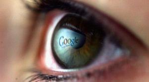 Lentilele inteligente de la Google vor fi introduse în ochii utilizatorului