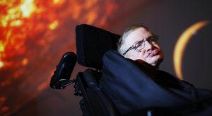 """Stephen Hawking: """"Găurile negre sunt portaluri spre alt univers"""""""