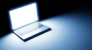 Cum modifici luminozitatea ecranului în Windows fără o tastă specială