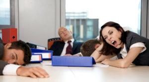 Manualul de sabotaj al CIA te învață cum să strici productivitatea companiei în care lucrezi