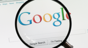 Cum procedează Google cu rezultatele controversate despre Holocaust