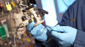 Acest motor de dimensiuni mici poate transforma metanul în hidrogen