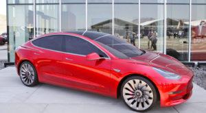 Noutățile Tesla pentru 2017, inclusiv începutul producției pentru Model 3