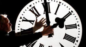 Când se trece la ora de vară în 2017 și de ce dăm ceasul înainte cu o oră