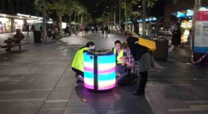 TetraBIN îi motiveză pe copii să arunce gunoiul în coșuri printr-un joc