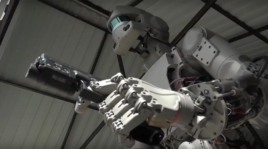 """Rușii au creat primul Terminator, dar """"nu-l vor folosi la război"""""""
