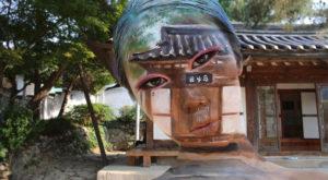Acestă artistă dă naștere unor iluzii optice care sfidează realitatea [GALERIE FOTO]
