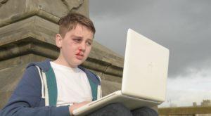 Hărțuirea online a atins cote alarmante, conform unui nou studiu
